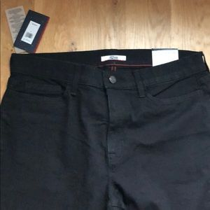 NWT Tommy Hilfiger High Rise Jeans 14